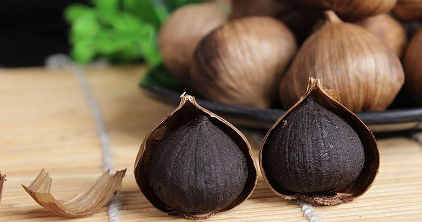 black solo garlic
