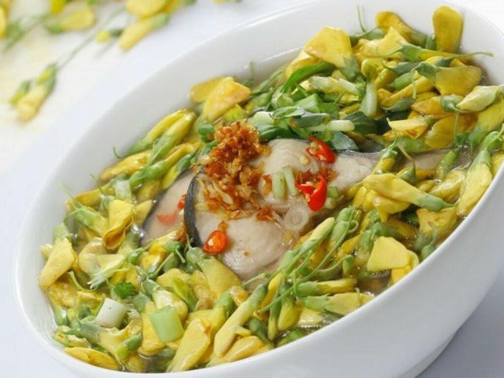 dien dien sasbania flowers soup with fish