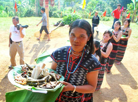 Grilled Onychostoma fish in Quang Nam province