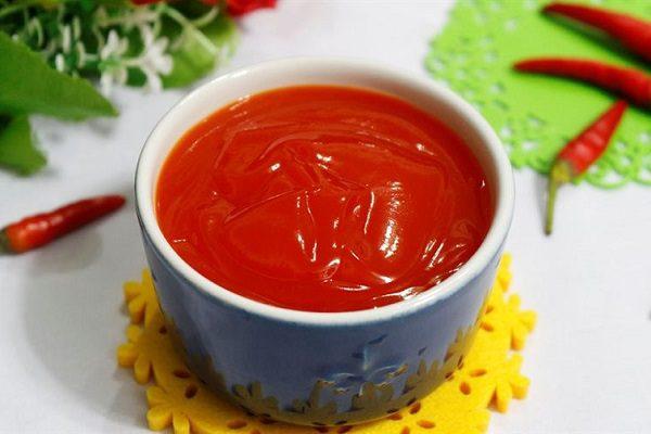 Vietnamese traditional chili sauce