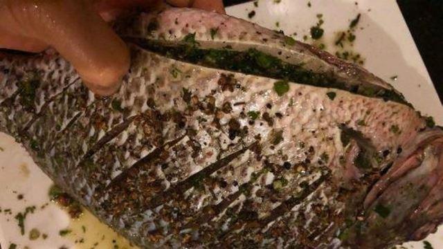 marinating fish