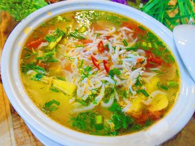 noodlefish soup with bamboo shoots