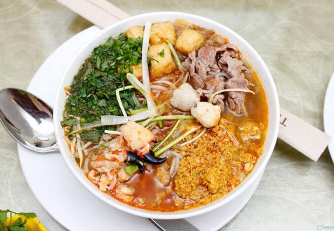 Stone Crab Noodle Soup (Bún Cù Kỳ)
