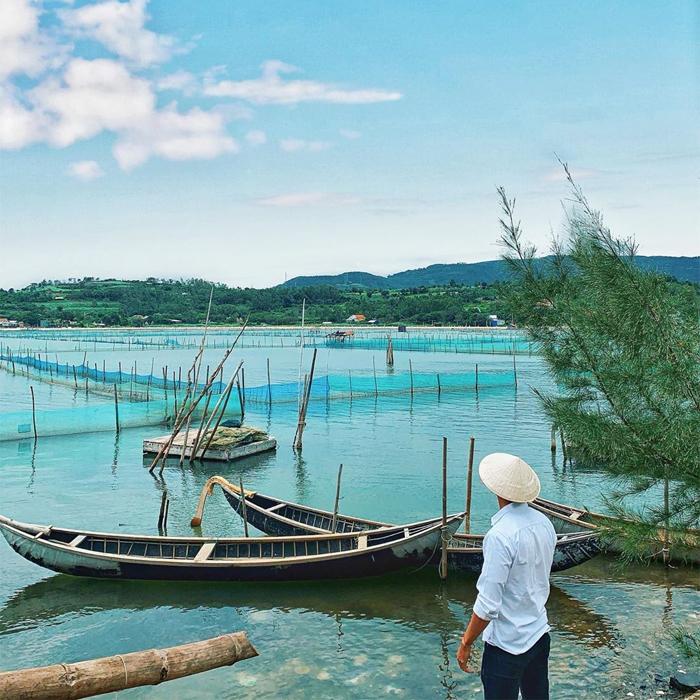 Aquaculture in O Loan lagoon