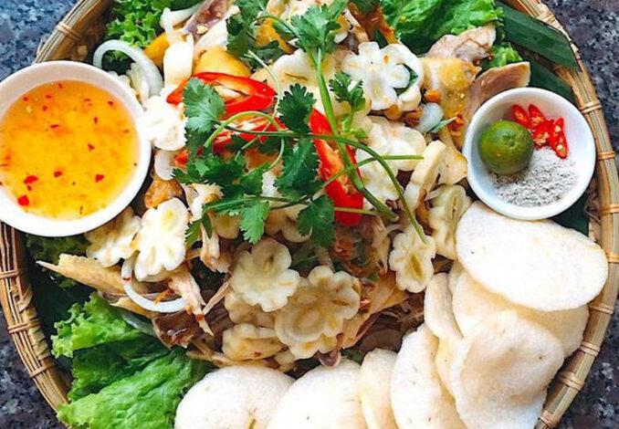 Chicken Salad with Mangosteen