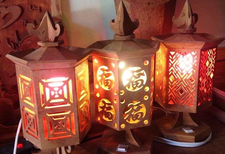 Cinnamon wood lamps