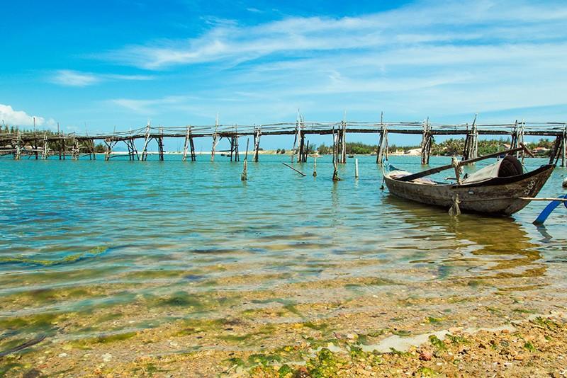 O Loan lagoon