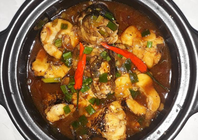 braised marble goby with black pepper