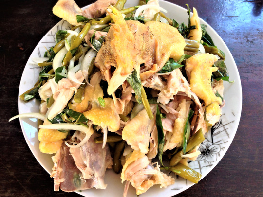 chicken salad with pickled spiny lasia