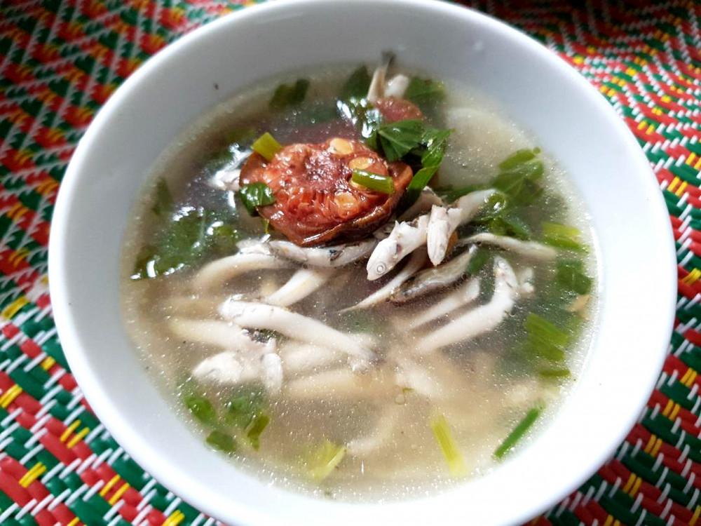 minnow soup with Tonkin breadfruit