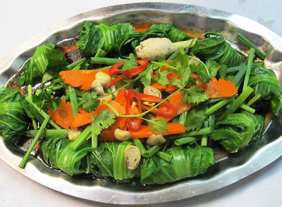 steamed knifefish paste with greens