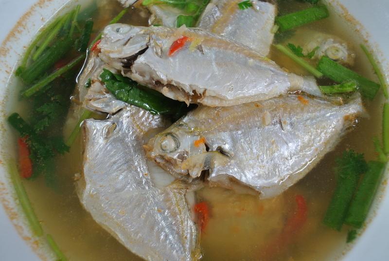 Goldenstripe ponyfish sour soup