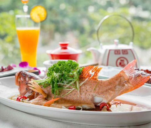 steamed coral grouper with scallions